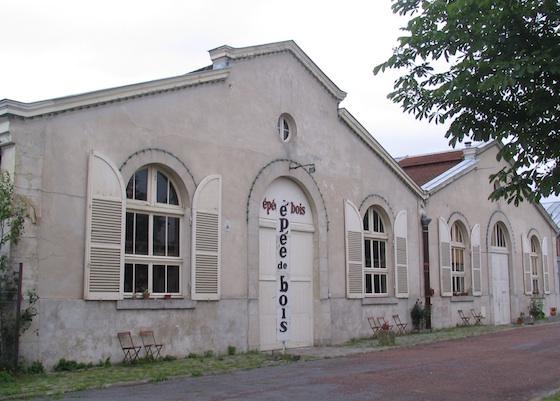 La-Cartoucherie-Epee-de-bois